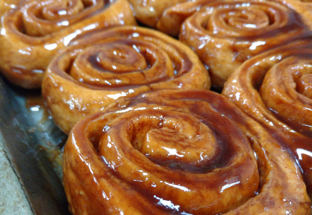 MÄNNKITCHEN Mom's Cinnamon Roll Recipe