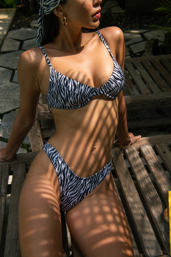 JASMINE TOP / zebra ribbed
