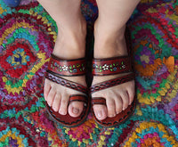 Brown Leather Sandals Woman Mexican Shoes Vintage Style 1970s-Floral-Flip Flops-Hippie-BOHO-Tribal-Shoes-Summer-Handmade Sandals-Huaraches