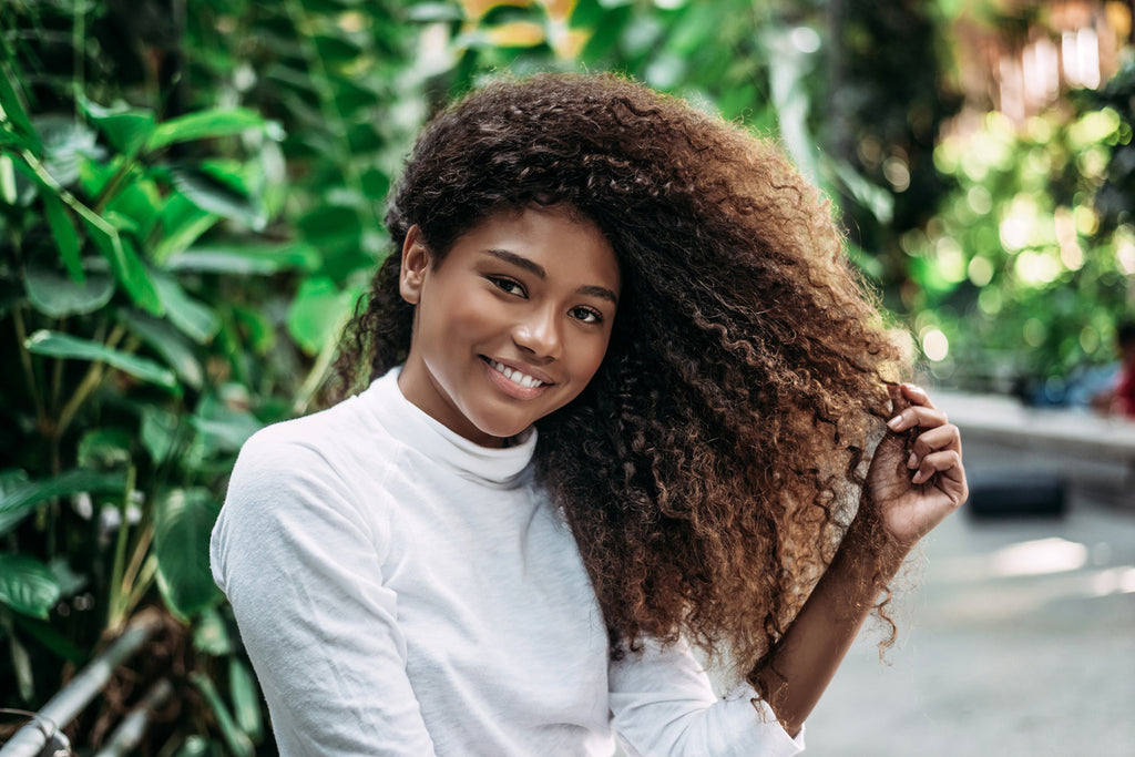 6 Awesome DIY Edge Control Recipes for Curly Hair