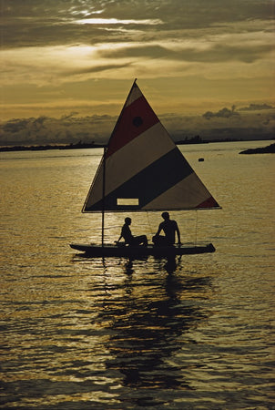 Sailing Into The Sunset-Slim Aarons-Fine art print from FINEPRINT co