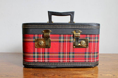 Red Plaid Traveling Case