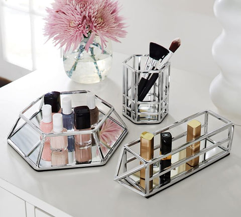 20 Best Makeup Vanities & Cases for Stylish Bedroom