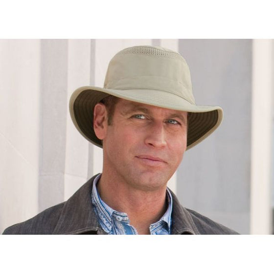 Tilley LTM5 Airflo Nylamtium Hat In Use - Khaki/Olive