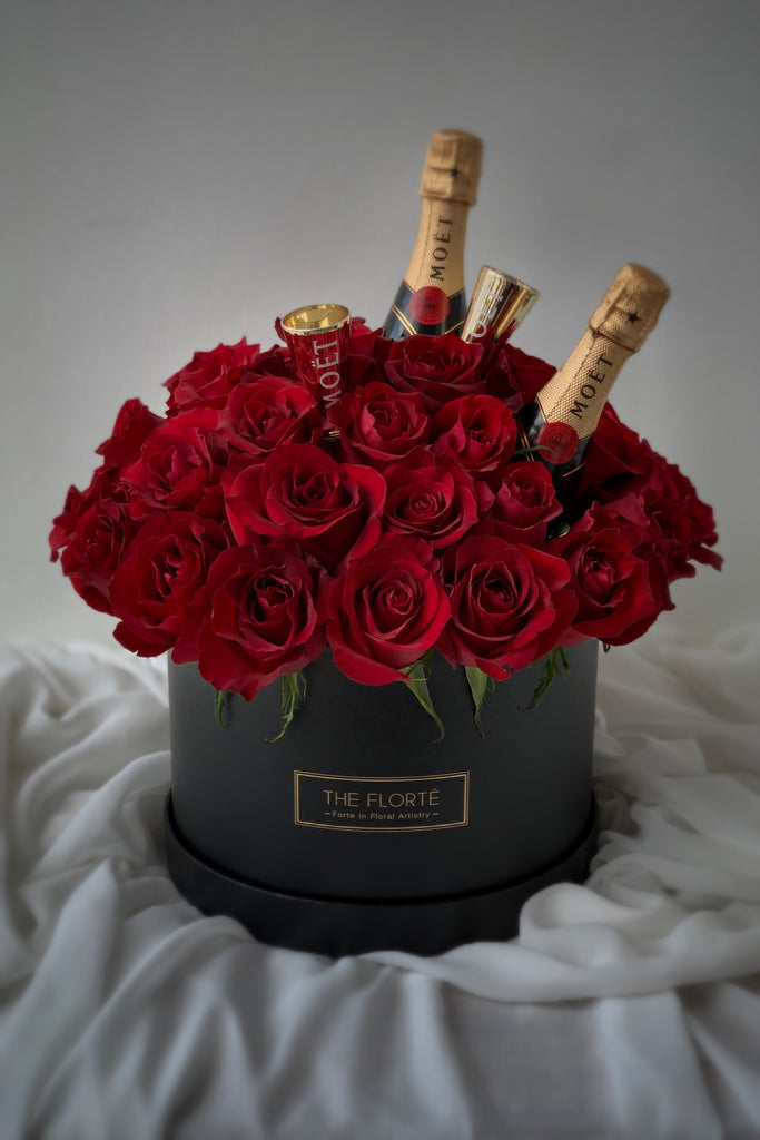 The Florté Florte | Moët Rosabella Premium Bloom Box, Moet, Champagne, Red Premium Kenya Roses, Best Flowers Singapore, Best Florist Singapore, Best Online Florist, Celebration Flowers, Alcohol, Surprise, Flower Gift Box Set