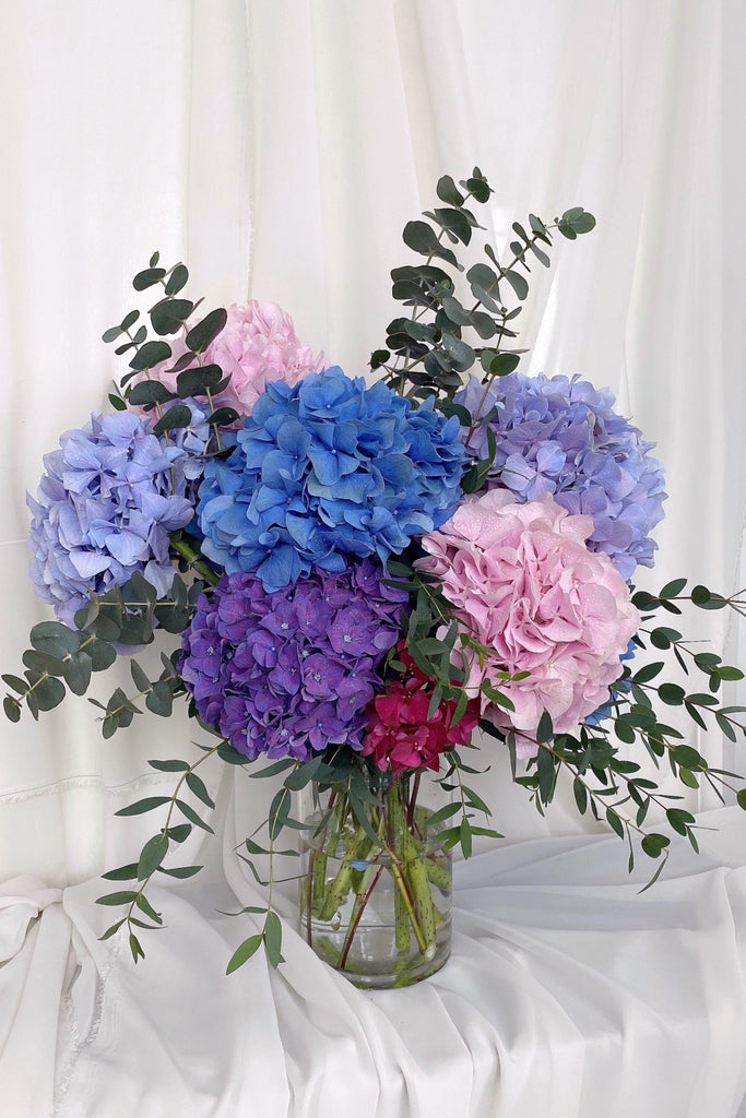 Vanity Hydrangeas, Table Vase