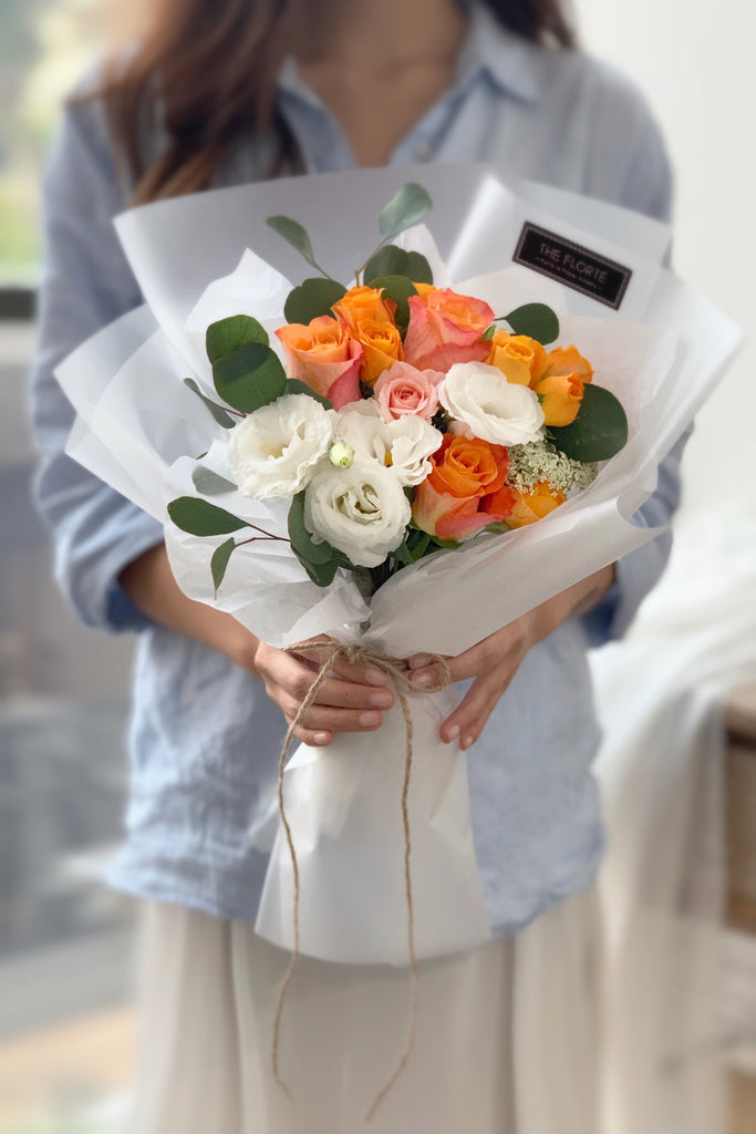 The Florté | Sunburst, Cheerful, Premium Kenya Ecuador Holland Roses, Eustoma, Queen Anne's Lace, Ammi Maju, Panicum, Orange, Graduation, Cheer up