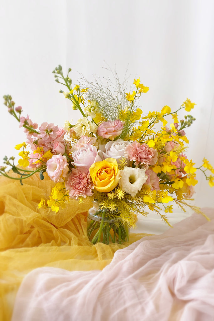 The Florté Florte | Blush'n Bright, Table Vase, Yellow Rose, Pink Rose, Mother's Day, Best Flowers Singapore, Best Florist Singapre, Best Online Florist
