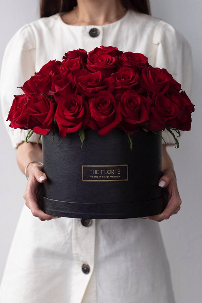 The Florté | Red Rosabella, Bloom Box, Red Roses, Kenyan Roses, Flowers in a Box, Floral Atelier, Red Roses Kenya Ecuador India, Best Flowers Singapore, Best Florist Singapore, Best Online Florist, Luxurious