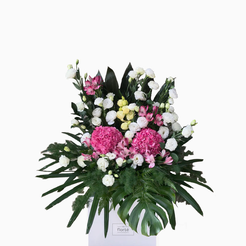 The Florté | Propitious, Bloom Box, Roses, Peonies, Ranunculus, Buttercup, Panicum, Queen Anne's Lace, Ammi Maju, Red, Pink, Hot Pink, Yellow, Bright, Prosperity, Prosperous, Modern, Auspicious, Congratulatory, Elderly, Traditional, Lush, Grand, Wow Factor