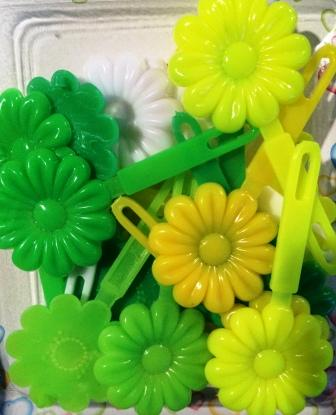 Shades of Green Sunflower Barrettes