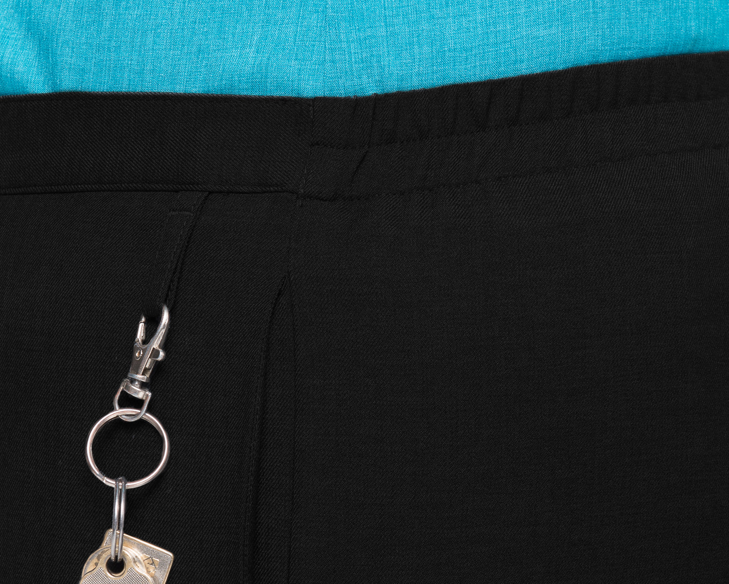 197K-ME-BLK: Easy fit pull on keyloop pant