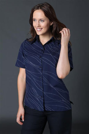2162-WA-P31: S/S easy fit action pleat shirt