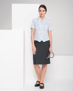 375K-ME-CHA: Kick pleat keyloop pocket skirt