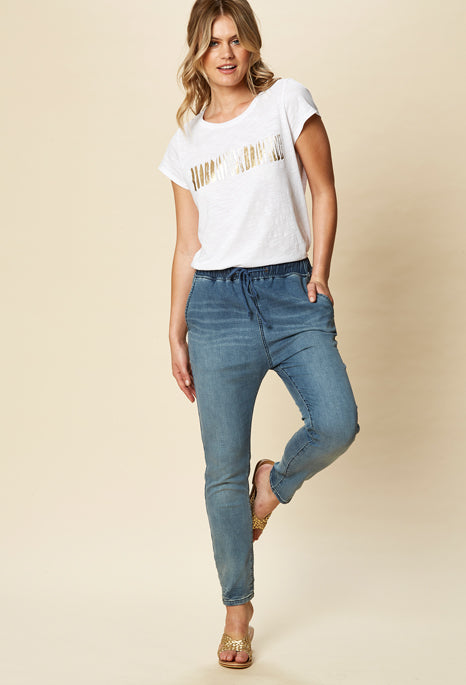 Load image into Gallery viewer, Essential Denim pants Eb & Ive