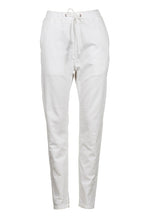 Essential White Denim pants Eb & Ive