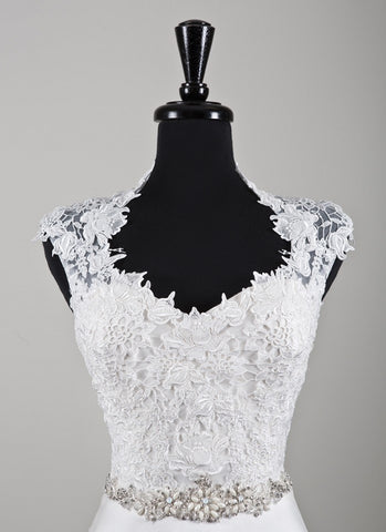Queen Anne Neckline Lace Bridal Jacket