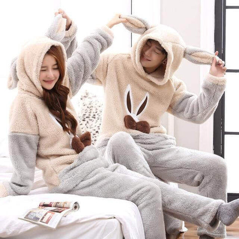 Cute Matching Christmas Pajamas For Couples