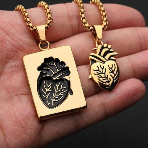 heart pendant necklace for couples