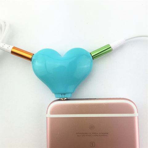 Cute Heart Shaped Headphone Jack Splitter - BigBeryl