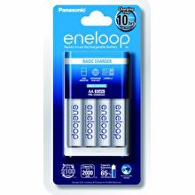 Panasonic Eneloop Basic Charger K-KJ18MCC40T with AA Rechargeable Battery Pack of 4 (White)