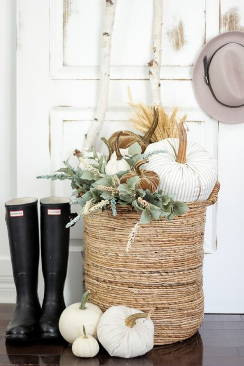 Thanksgiving Decor Basket