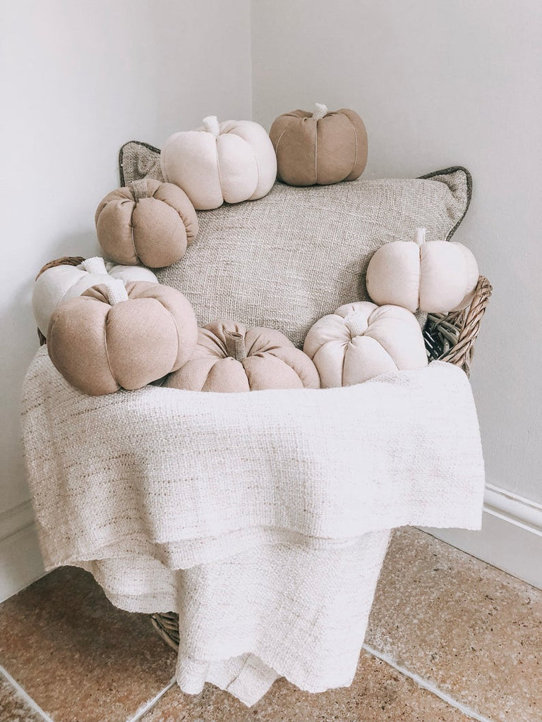 Autumn Roundup: Neutral Pumpkins
