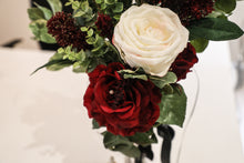 STUNNING ELEGANT ROSE DISPLAY
