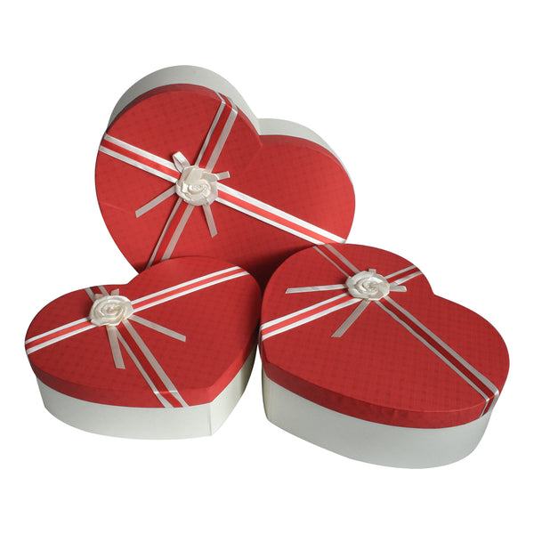 Hearts White / Red Gift Box -Set Of 3
