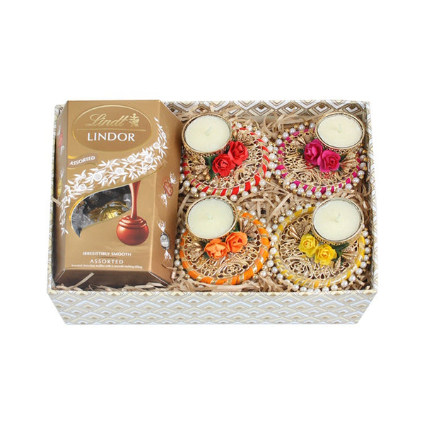 Set of 4 Round Tea Light Candle Holder Gift Box