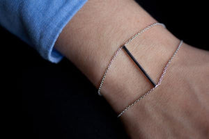 Doppeltes Armband mit Stab