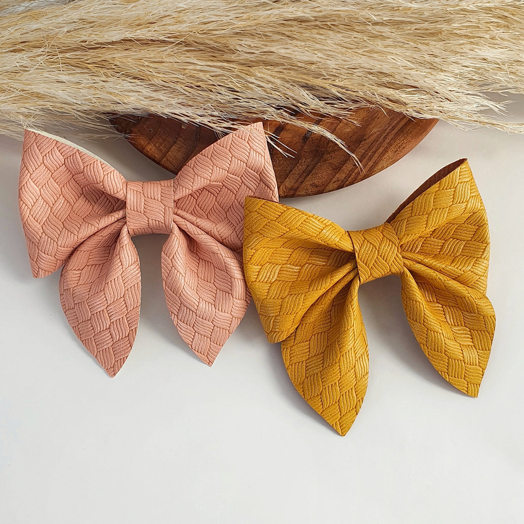 Kendra - Single Bows - 2 Colour Choices