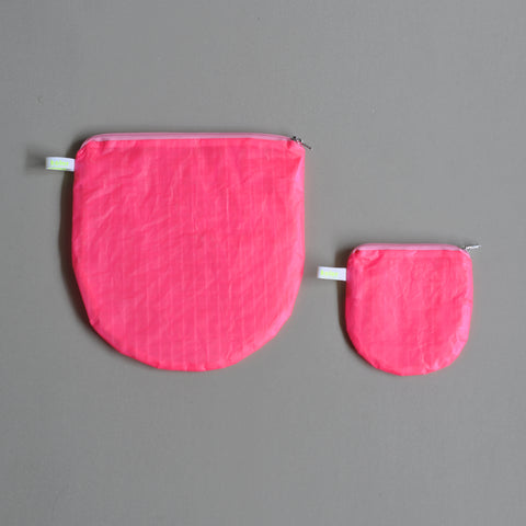 magic U pouch pink