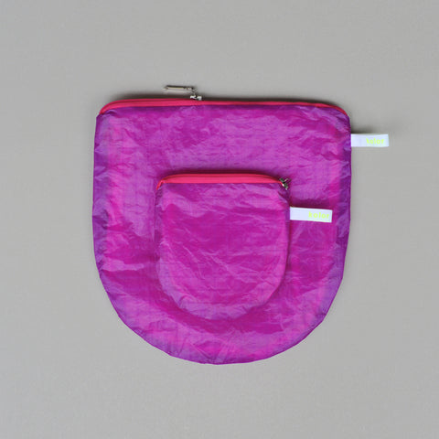 magic U pouch aubergine - special colour edition