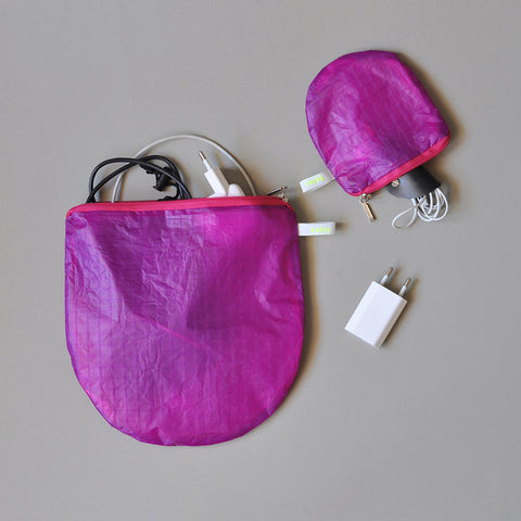 magic U pouch violet - special colour edition