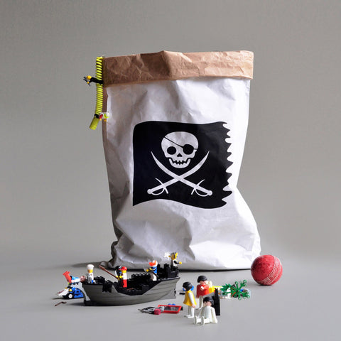 paper bag PIRATE FLAG