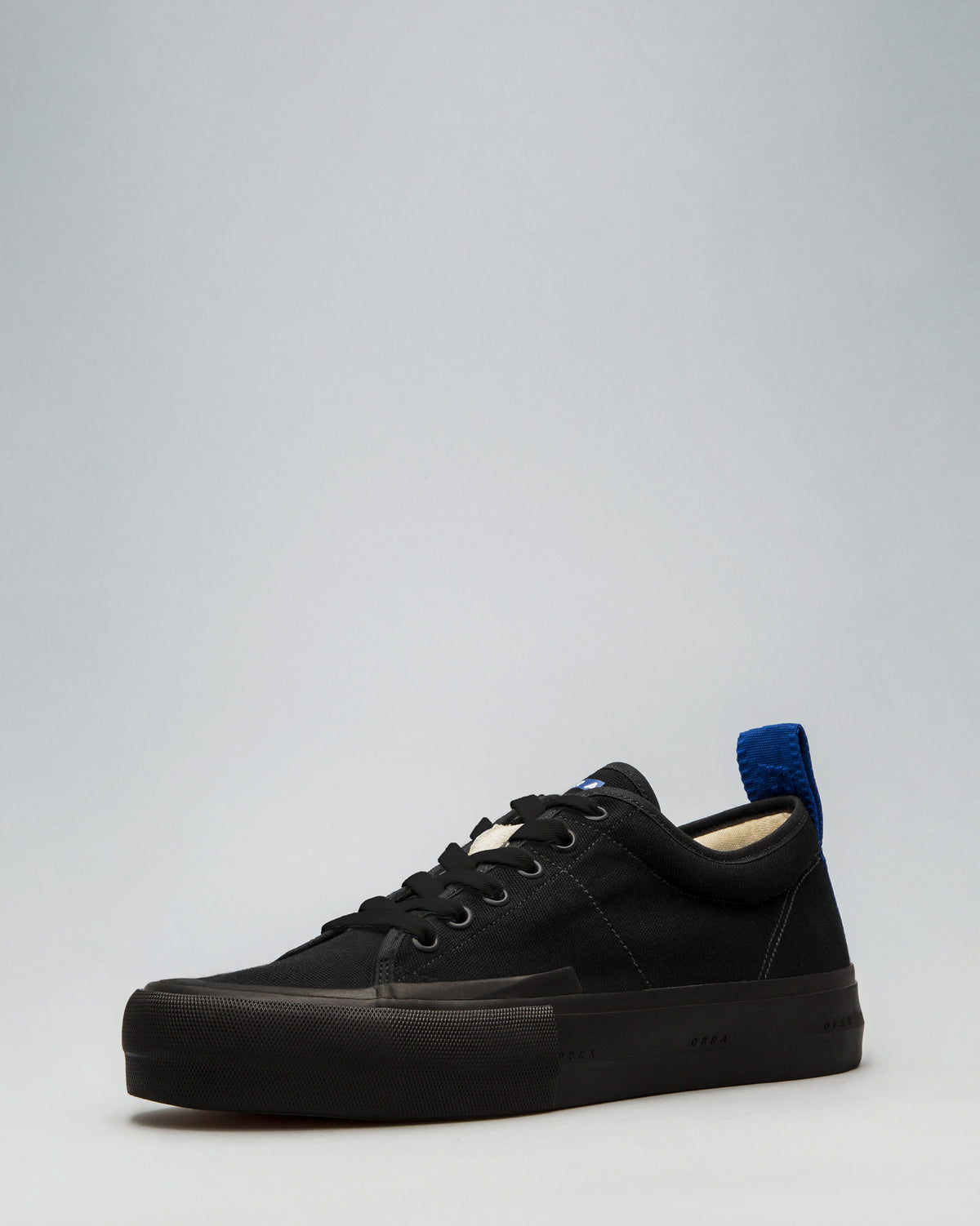 CANVAS LOW WRAP TOE <br/>Black/Black/OBRA Blue