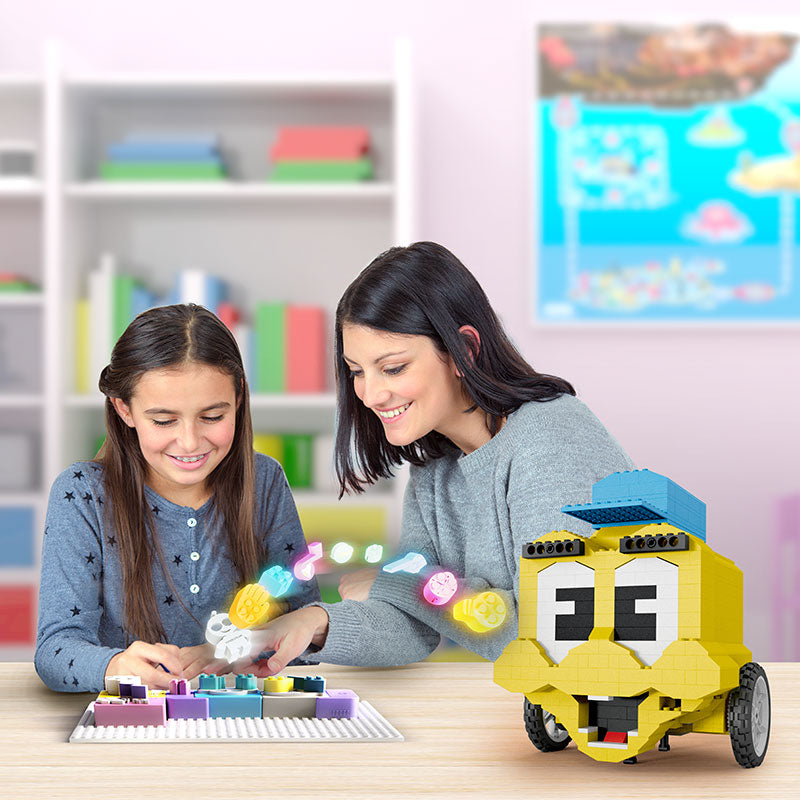 Algobrix: the new toy teaching kids to code with Lego