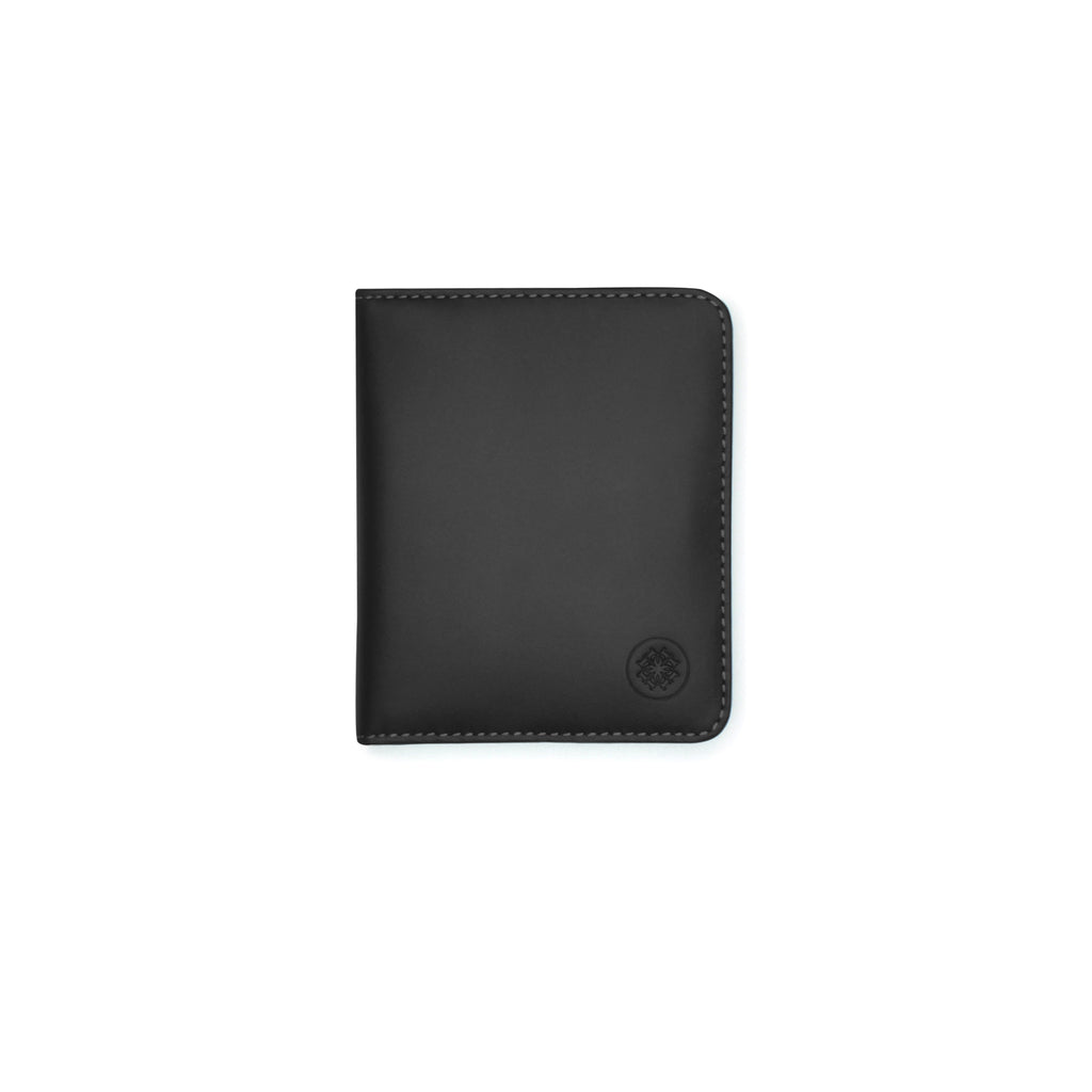 Taku_and_grace_leather_wallets_sato_card_slip_bifold_black_front_view