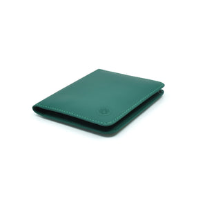 Taku_and_grace_leather_wallets_sato_card_slip_bifold_evergreen_side_view