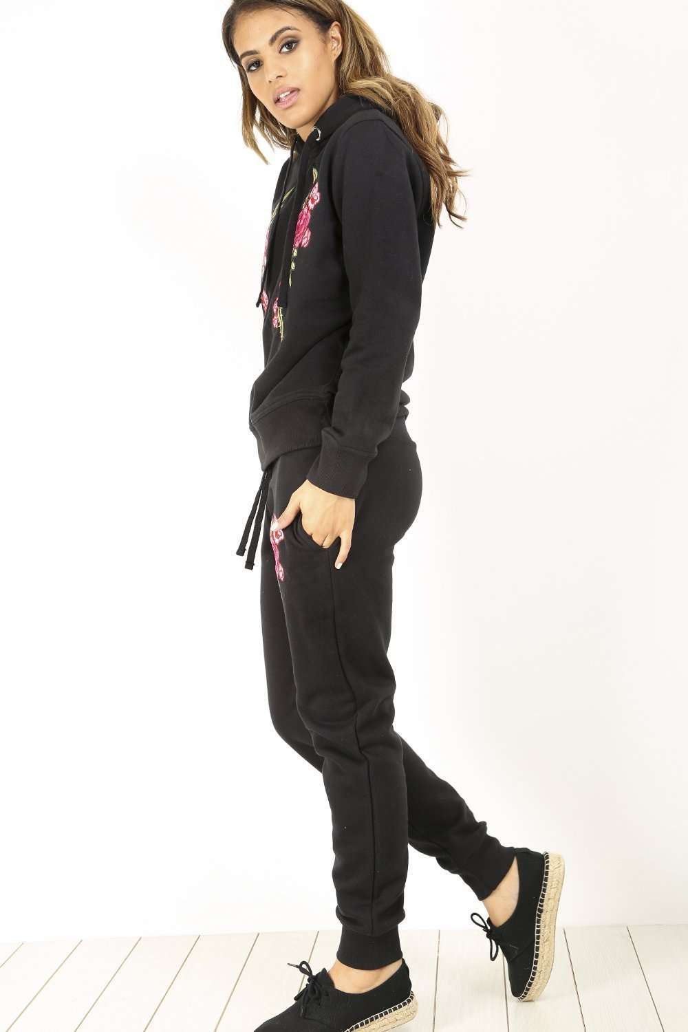 Lea Floral Embroidered Hooded Lounge Wear Set - bejealous-com