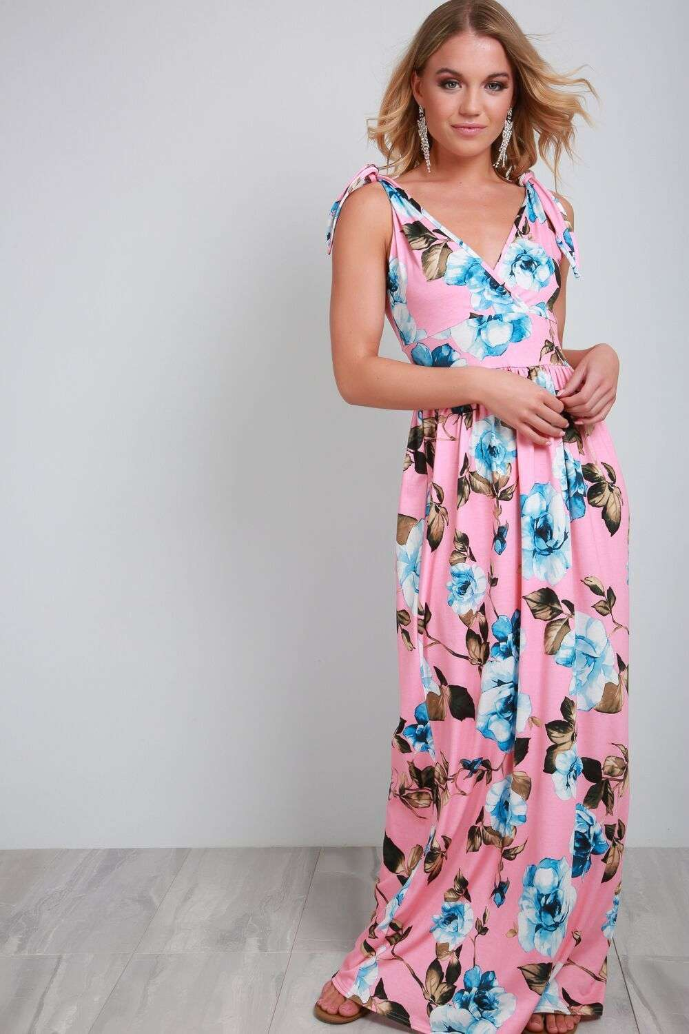 Robyn Plunge Neck Floral Maxi Dress - bejealous-com