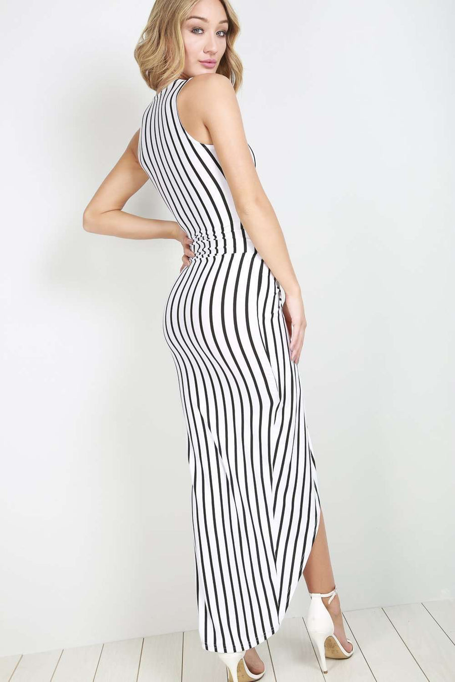 Sleeveless Monochrome Striped Twisted Maxi Dress - bejealous-com