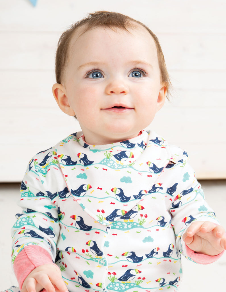 Frugi Reversible Dribble Bib - Soft White Puffin Parade - Tilly & Jasper