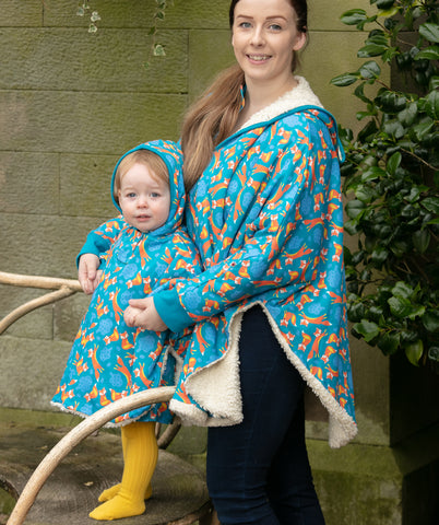 Image of Piccalilly Adult Poncho - Foxes
