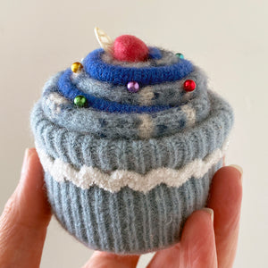 Original Cupcake Pincushion: Blue
