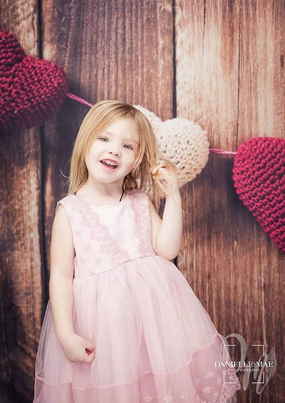 Garland knitting hearts on old wooden panel Valentine backdrop-cheap vinyl backdrop fabric background photography