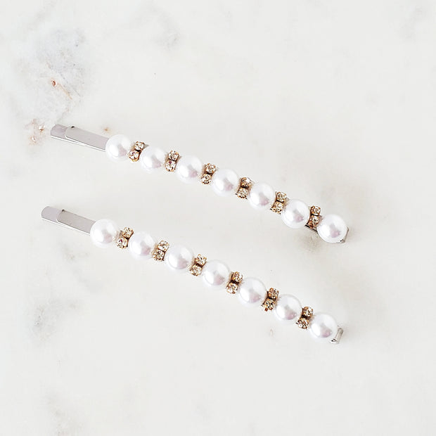 Pearl and rhinestone pin set