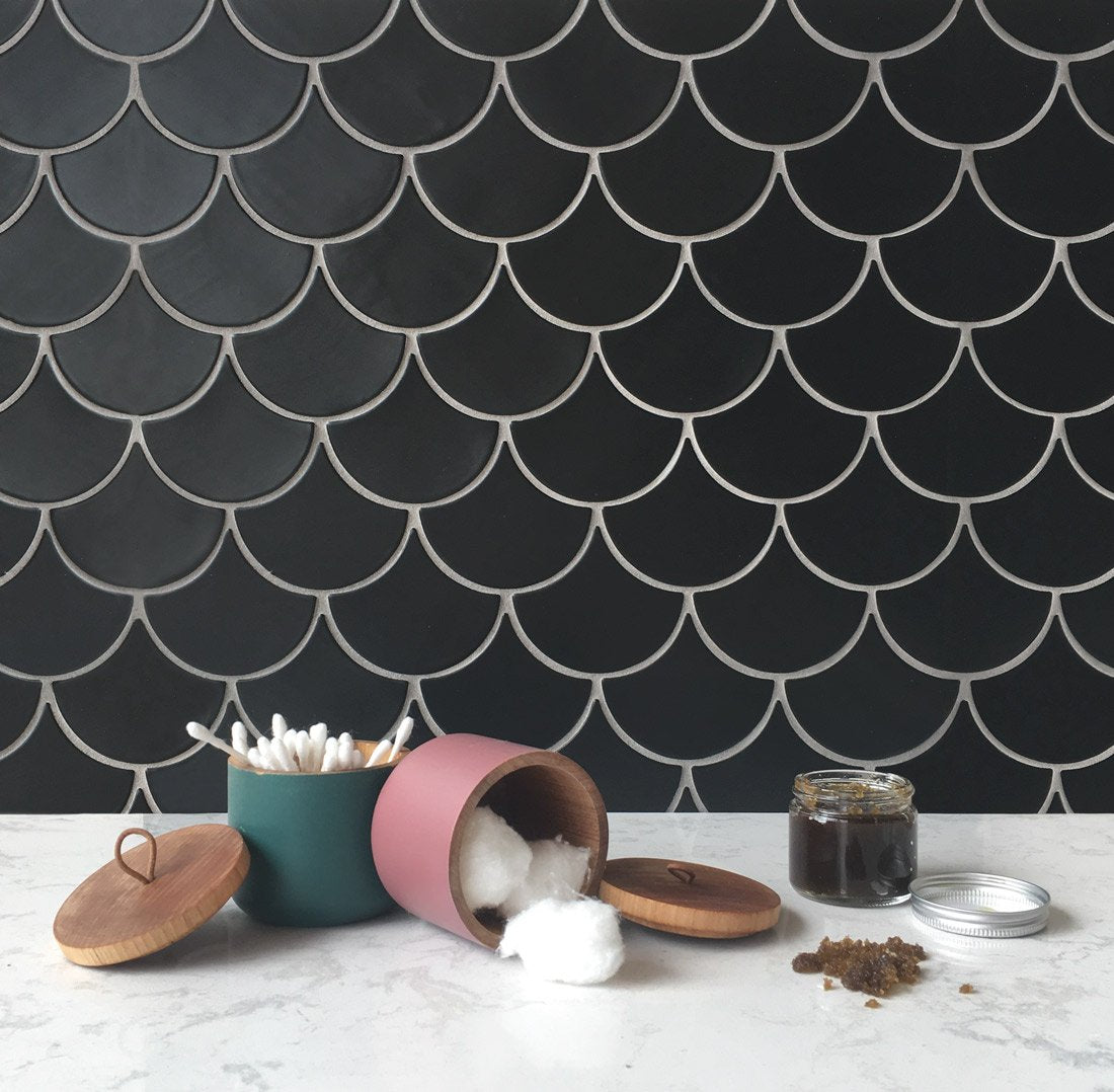 Black Moroccan Fish Scale Backsplash