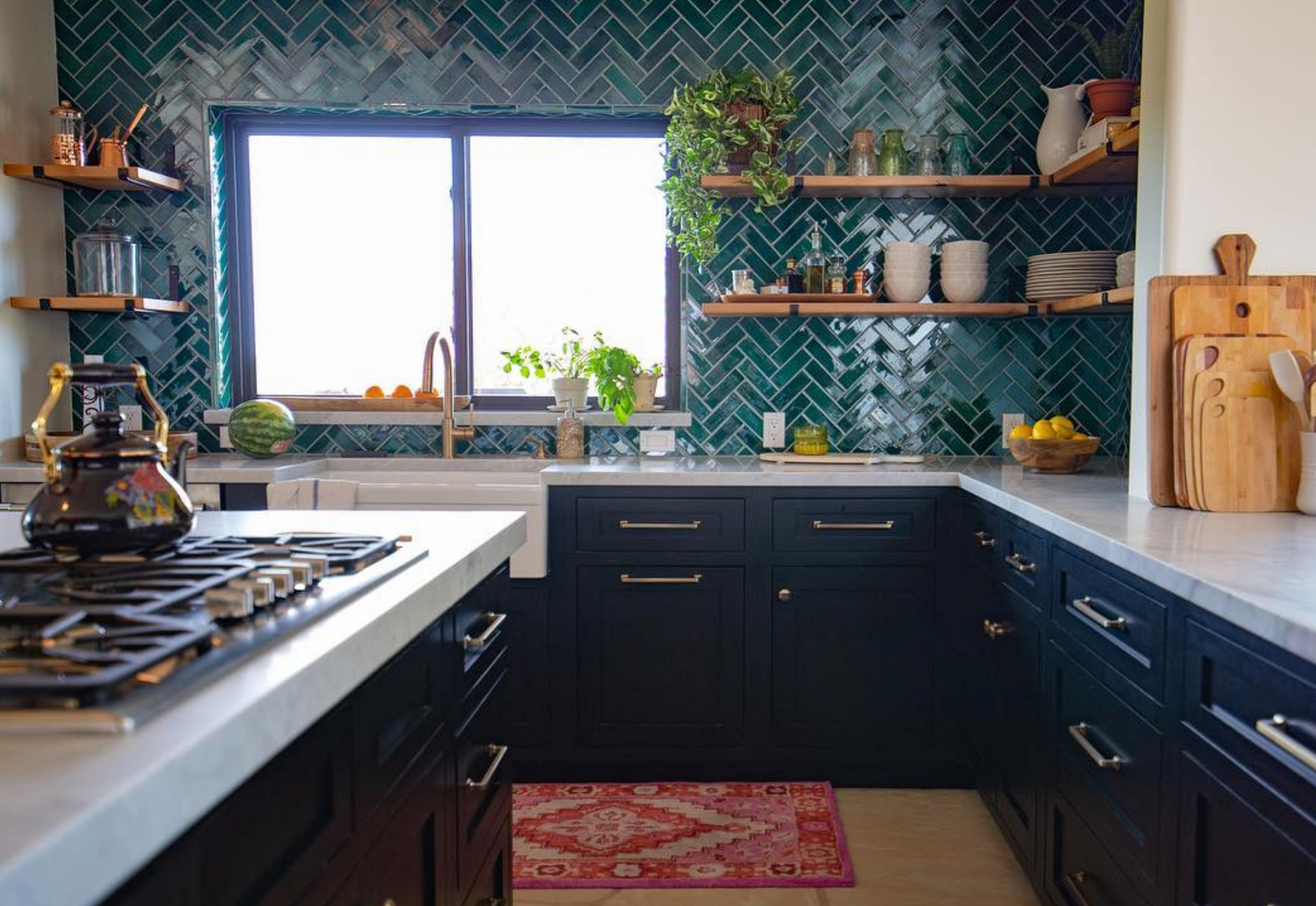 Bright and Bold Kitchen Backsplash